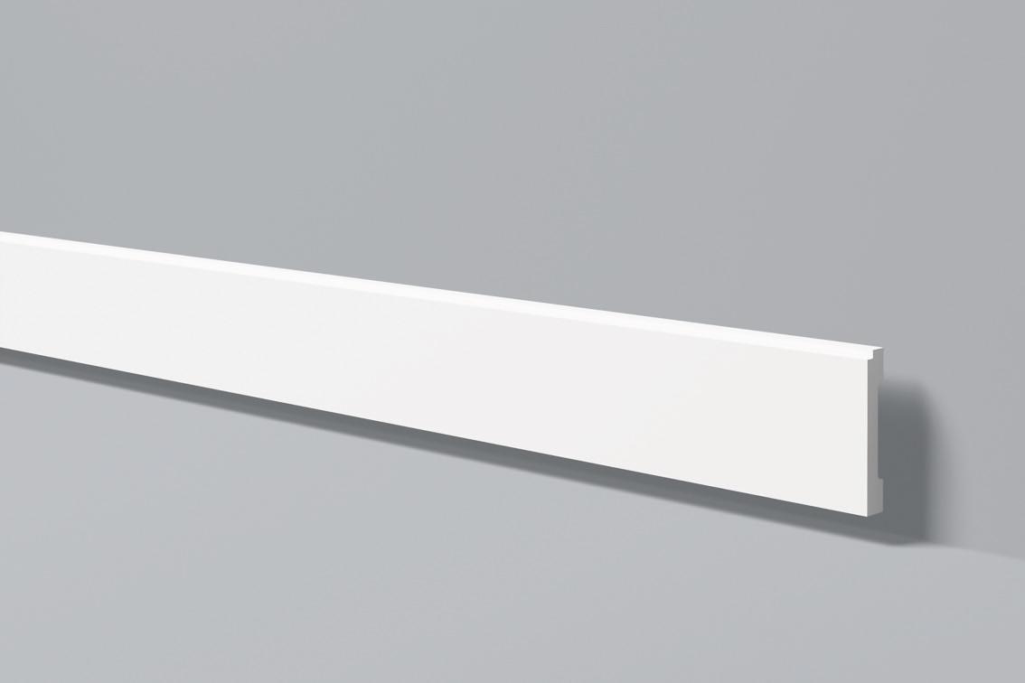Bat 6 - Battiscopa in polimero bianco